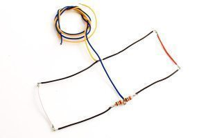 NANO Harness 4x 4 (2 Red, 2 White) Large.